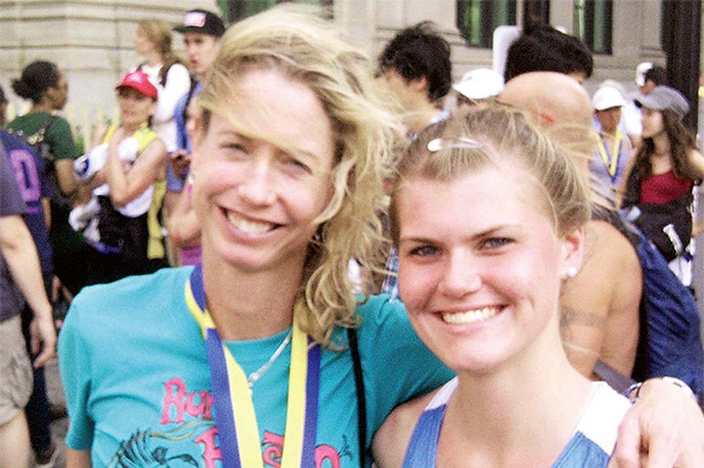 Marathoners returning to Boston to honor bombing victims