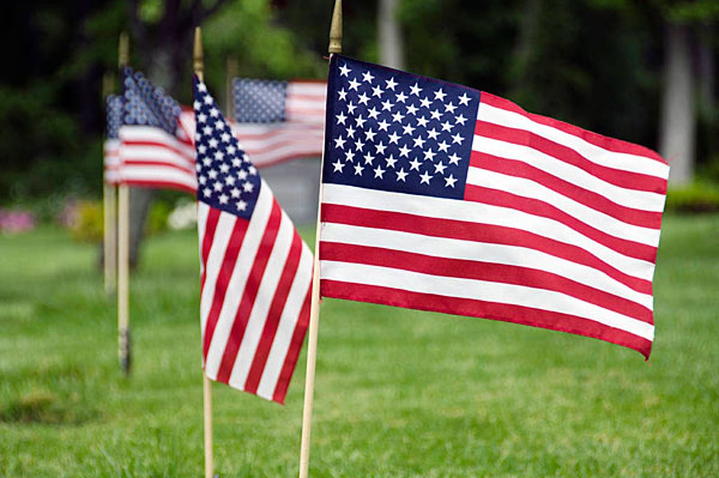 Memorial Day snafu left flags off graves