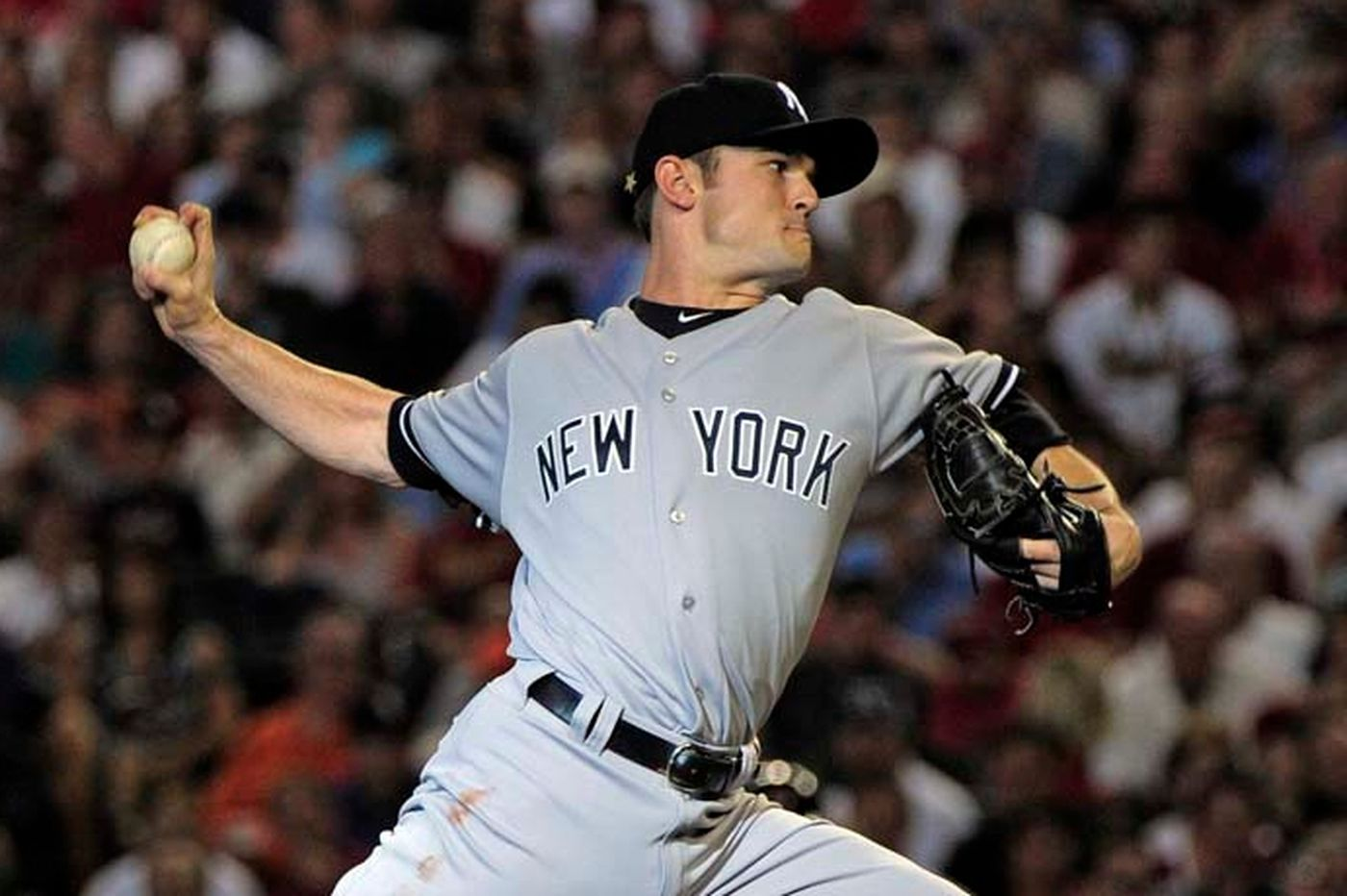 Phillies sign relief pitcher David Robertson, who was his own agent