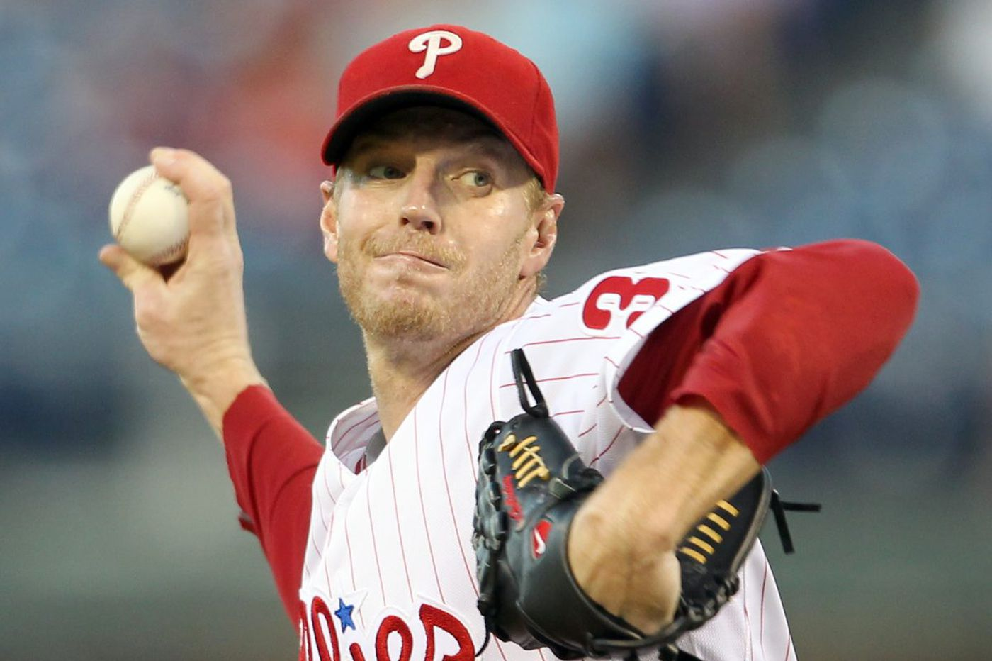 Former Phillies pitcher Roy Halladay dies in plane crash