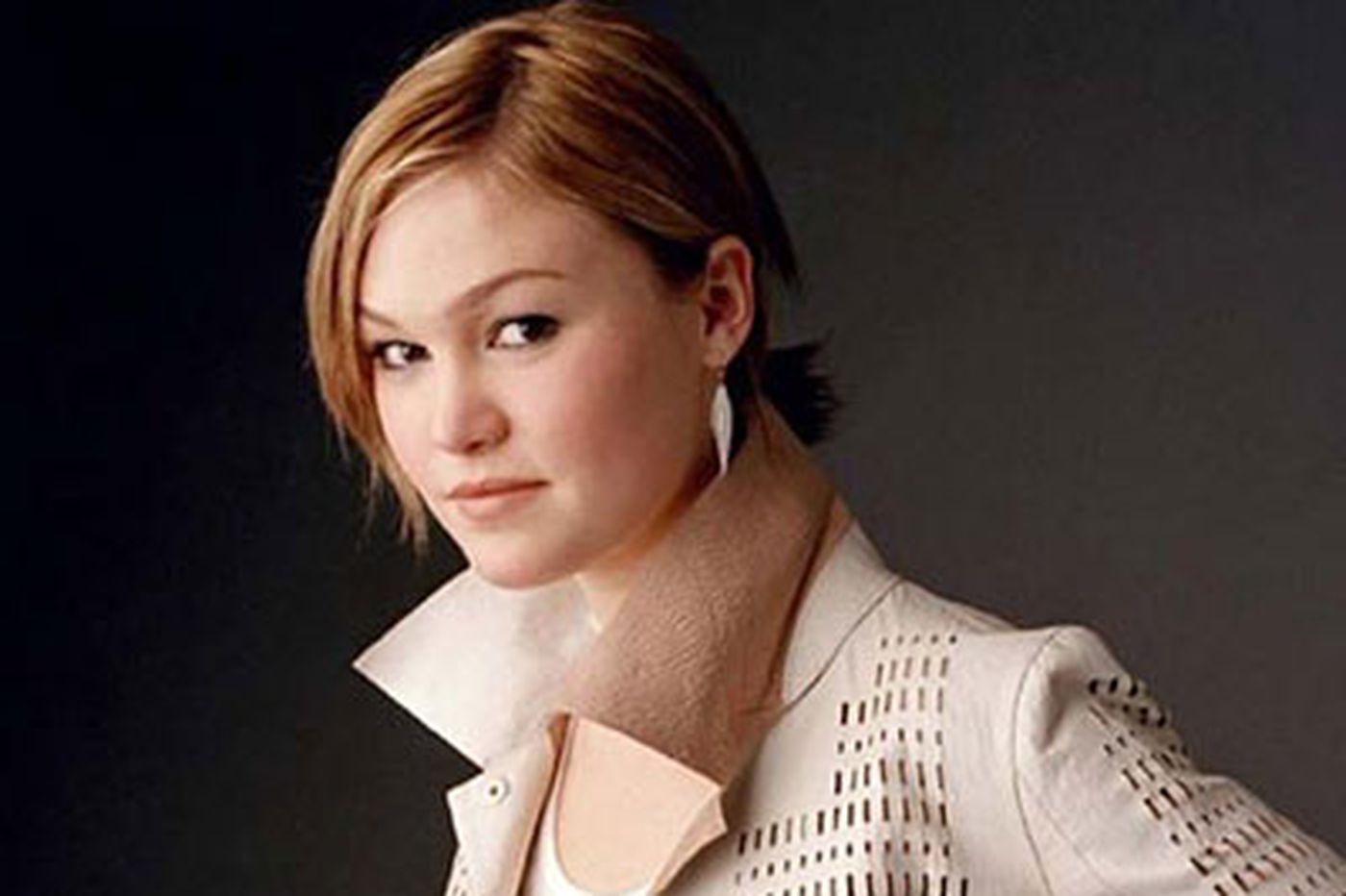Ellen Gray: Julia Stiles ends season as 'Dexter's' accomplice