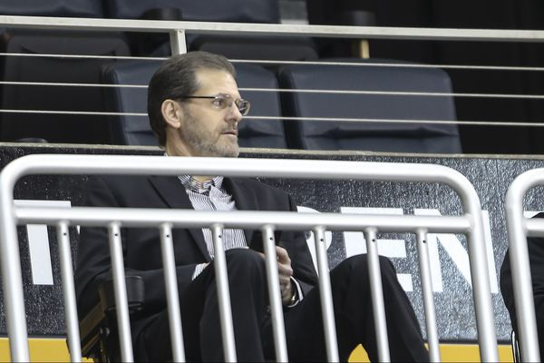 Ron Hextall is appreciated by Flyers players as he heads back to Los Angeles | Sam Carchidi