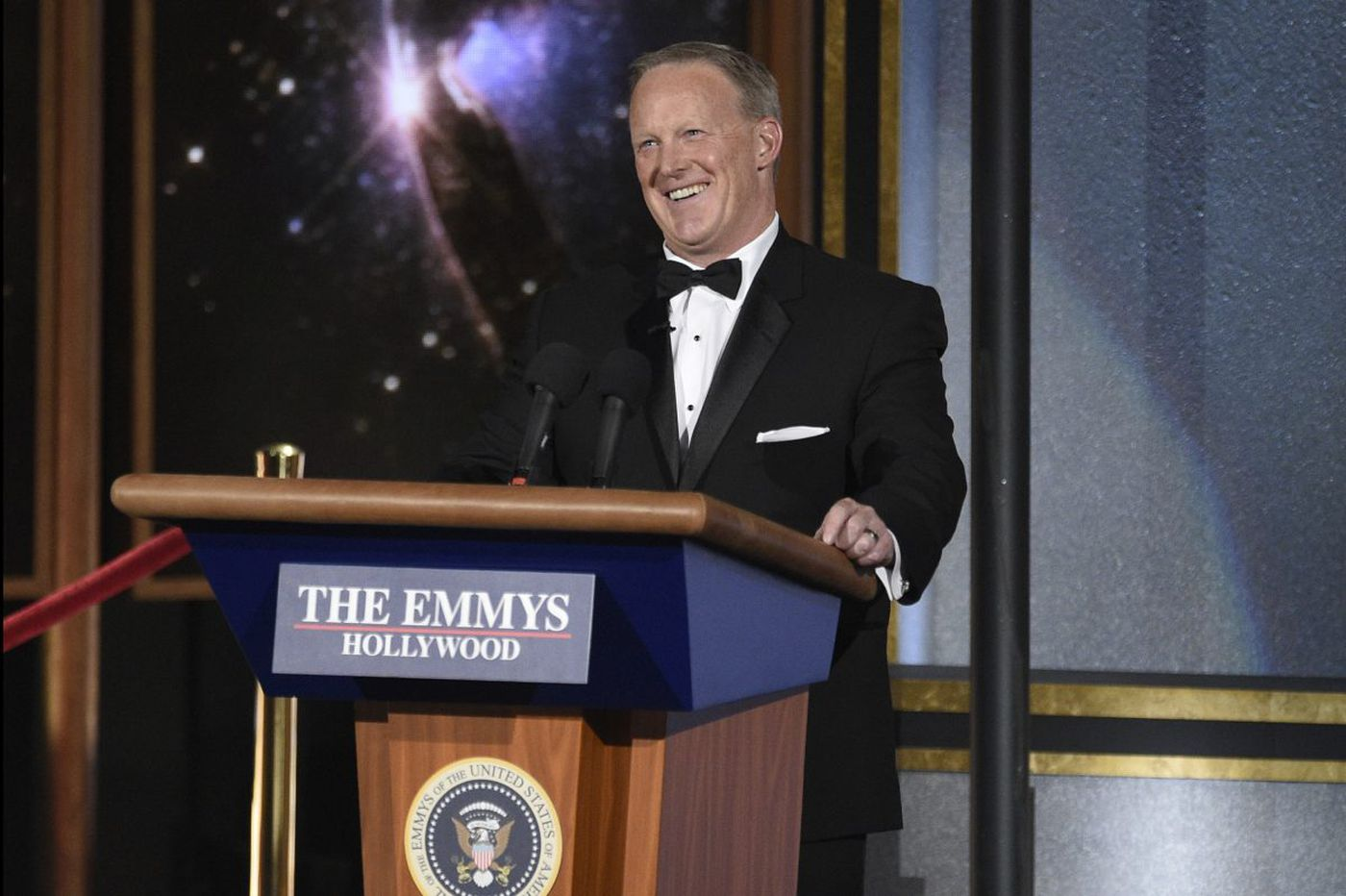 Sean Spicer pops in on Emmys, while 'Handmaid's Tale, 'Veep,' 'Big Little Lies' claim top honors