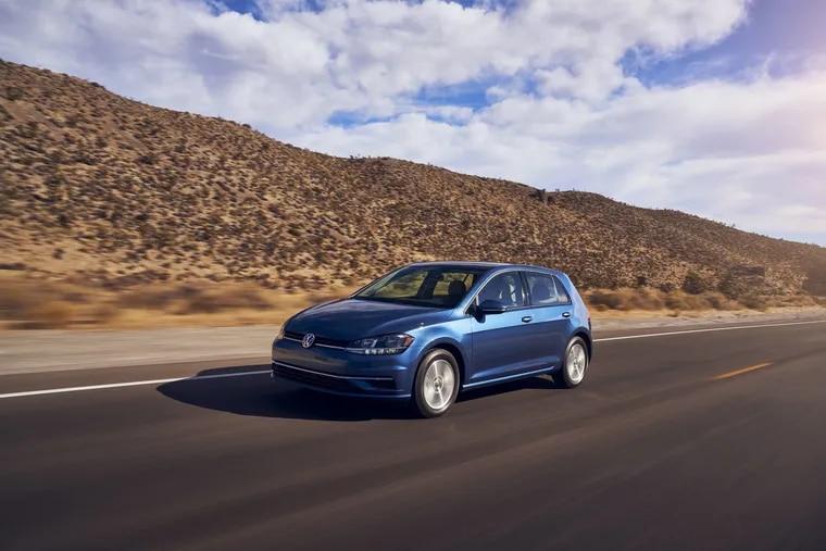 The familiar 2021 Volkswagen Golf TSI hatchback bids auf wiedersehen to the U.S. market when its 2021 run is done.