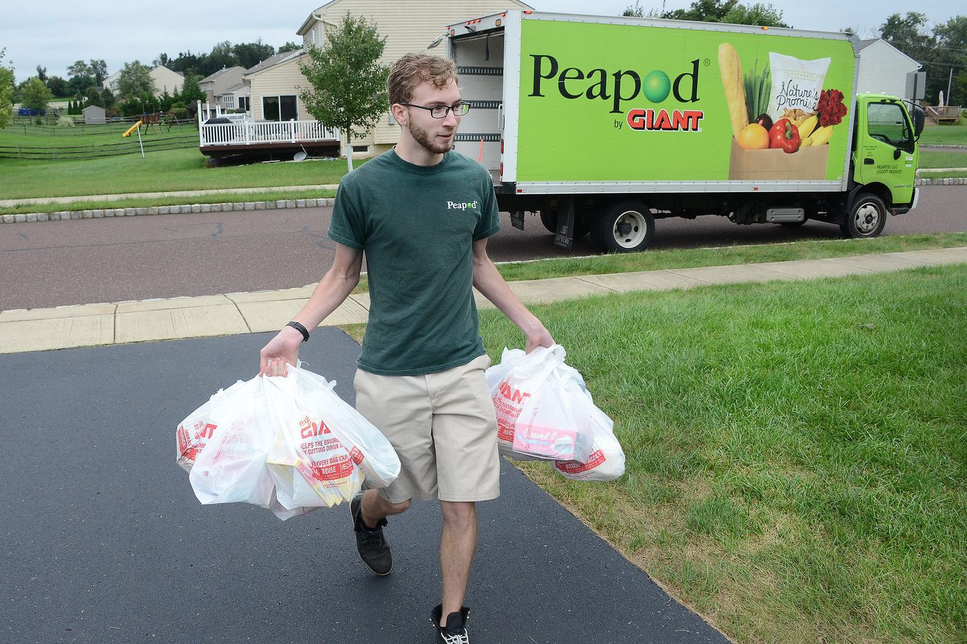 How Pa.-based grocer Giant competes for your virtual shopping cart