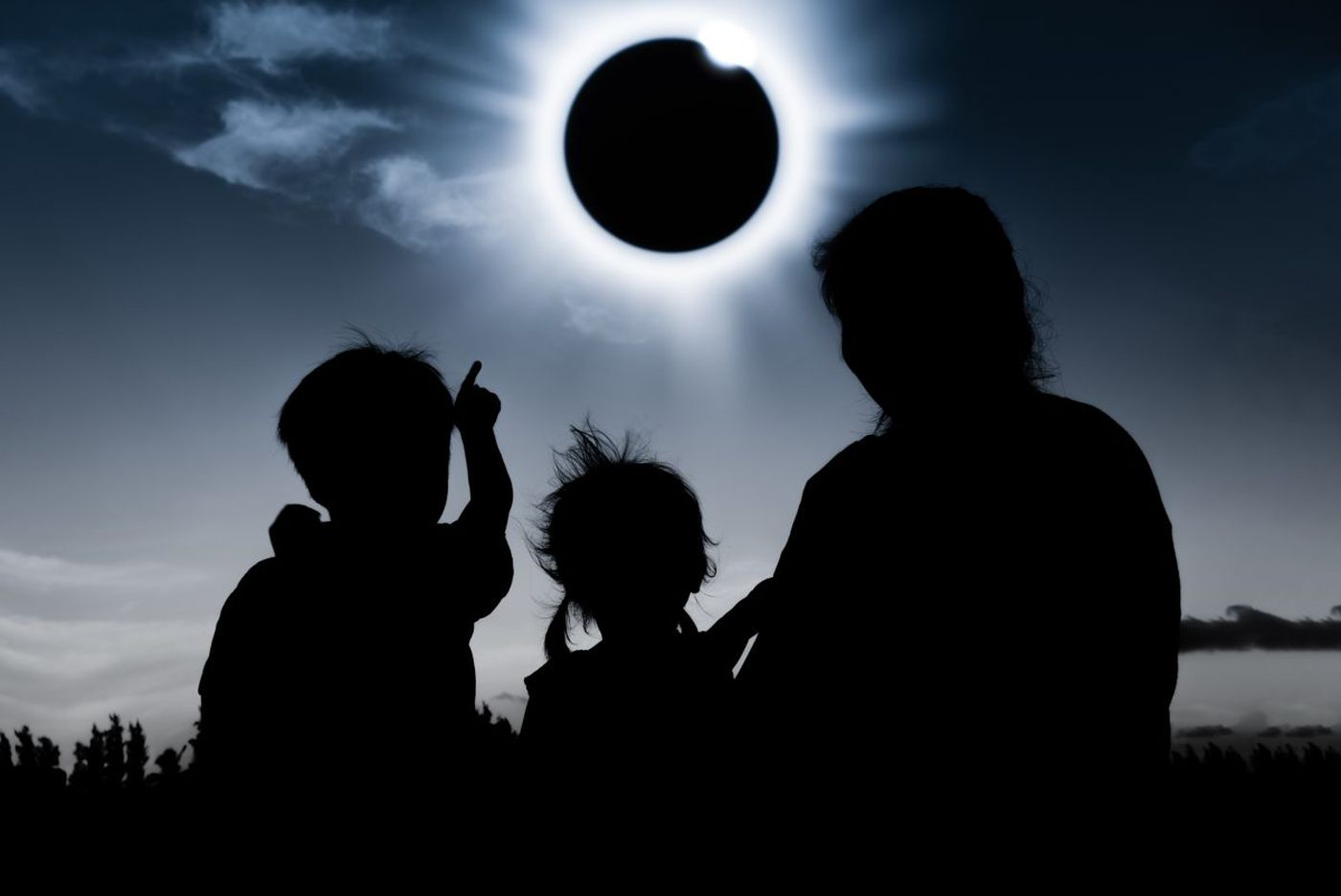 Ways and places to observe the solar eclipse in Philly