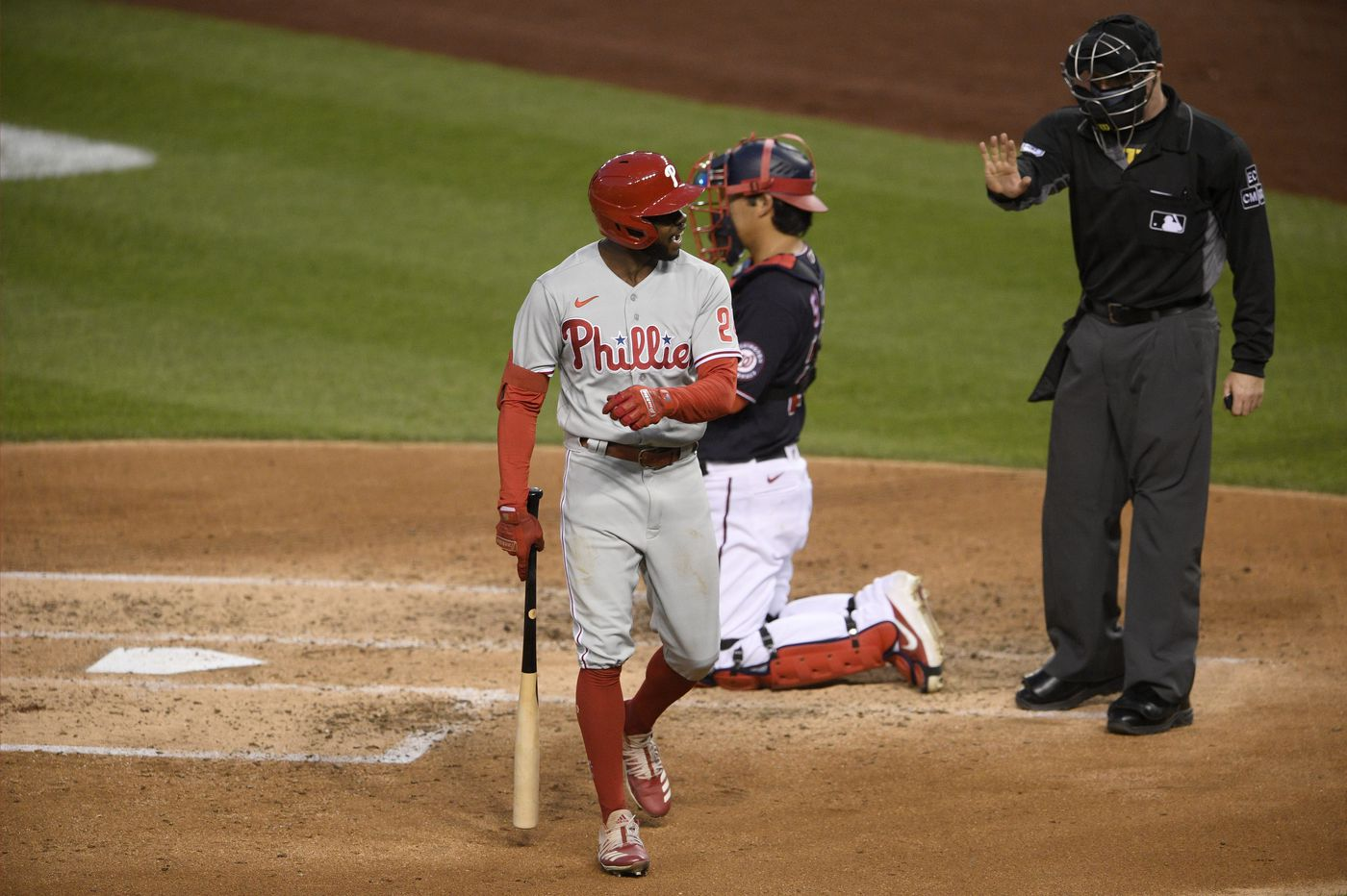 Phillies slip back to .500, and slide out of No. 7 seed in playoff picture, with 5-1 loss to Nationals