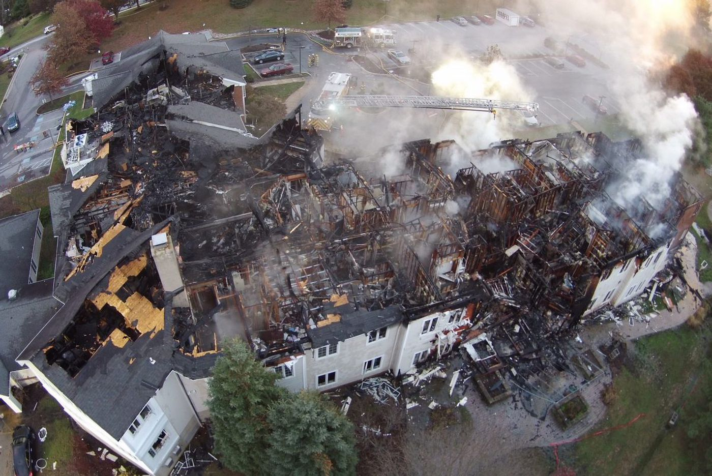 On tapes of fatal blaze, firefighters report water problems