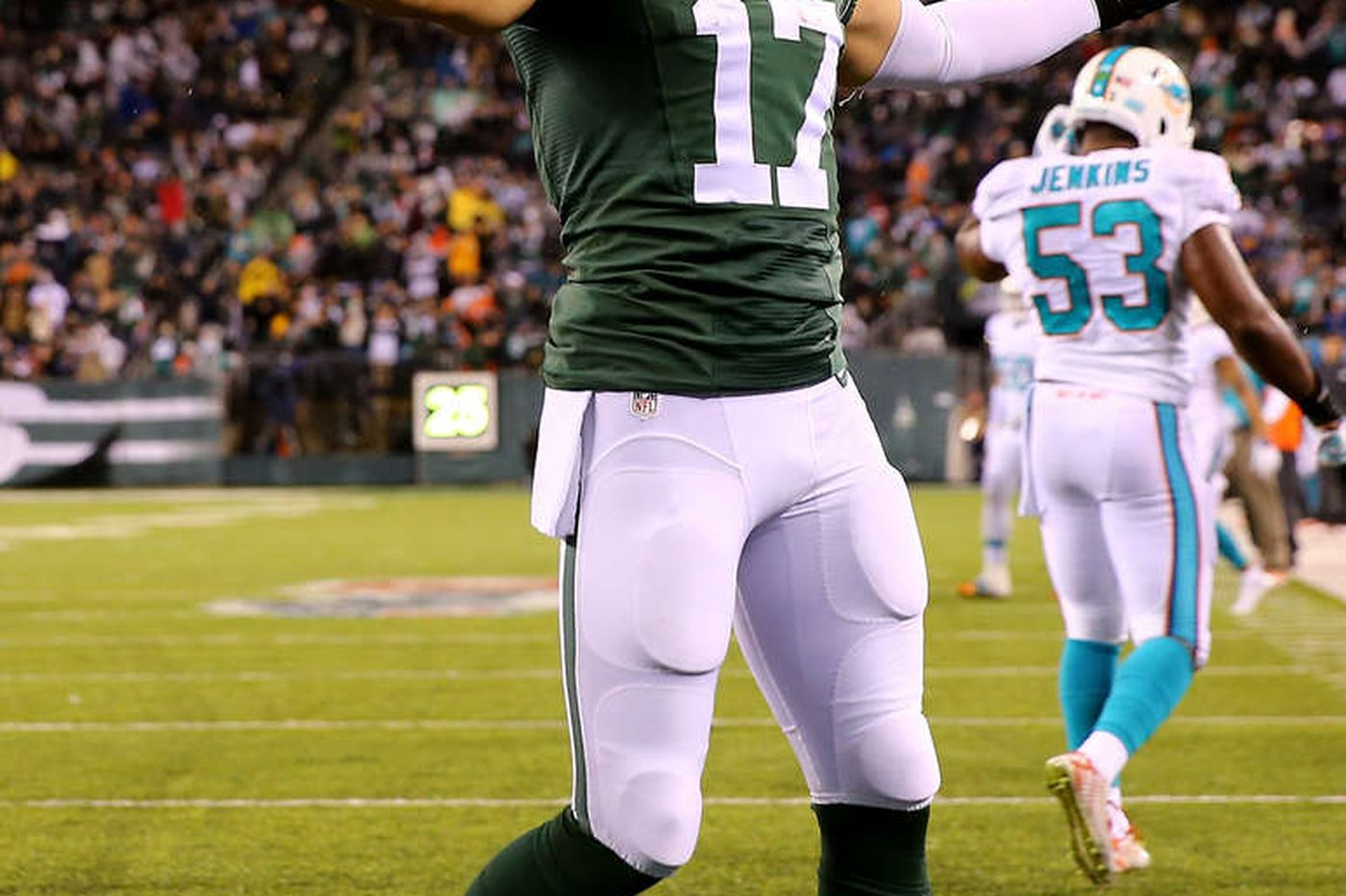 Dolphins rally to down Jets