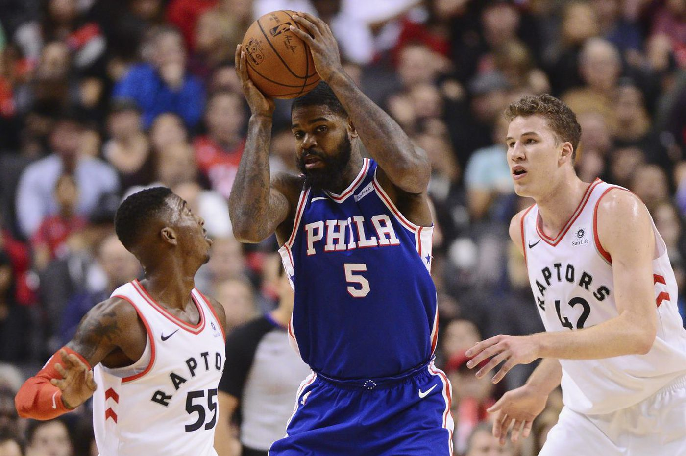 Sixers' Amir Johnson takes not playing in stride