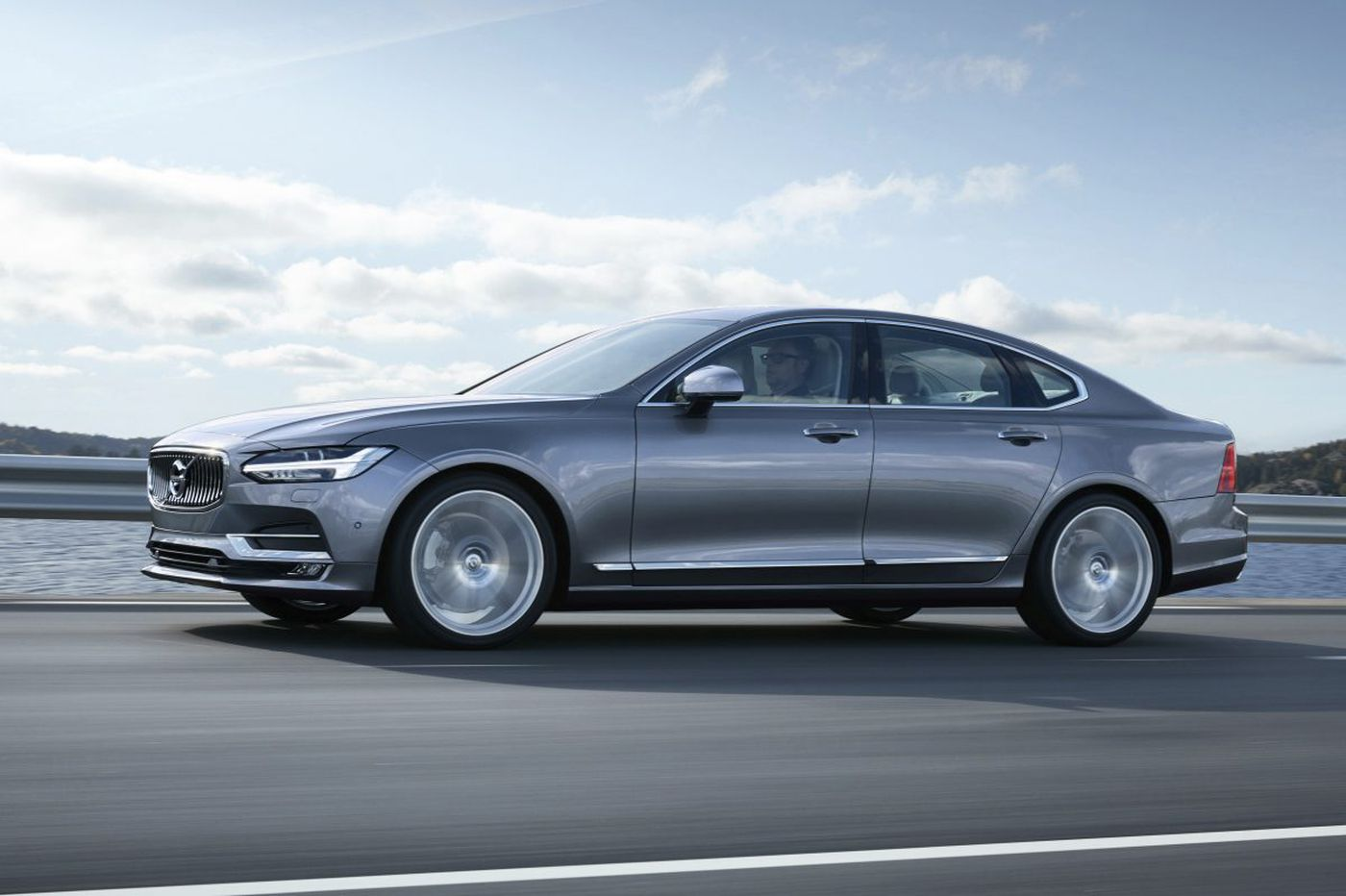 Volvo S90: New breed holds on to classic Volvo-ness
