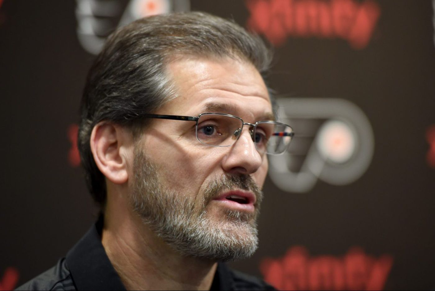As rivals go all in, Flyers' Hextall holds his cards | Sam Donnellon