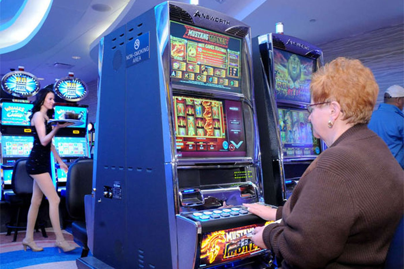 Slot revenue down at most Pa. casinos