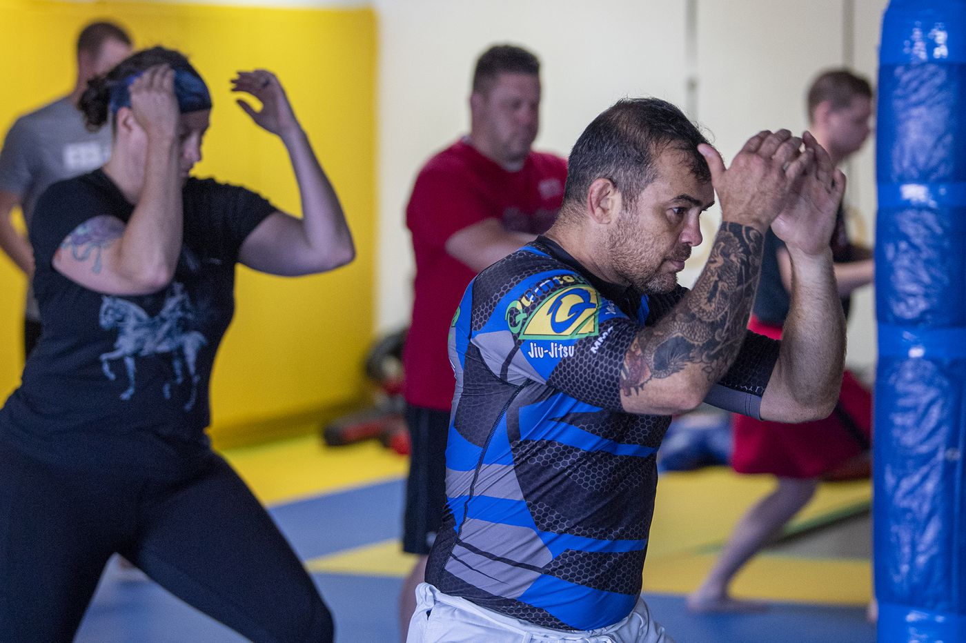 This Brazilian immigrant gives cops free lessons in jiujitsu and humility at his Delco studio | We The People