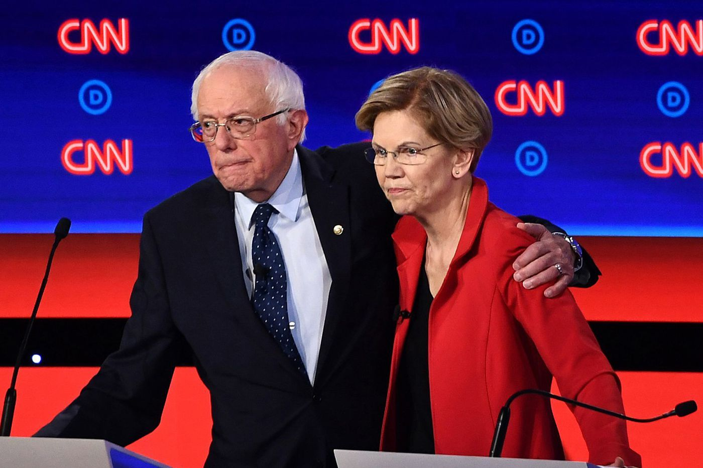 Sanders-Warren feud takes turn onto dangerous turf of gender