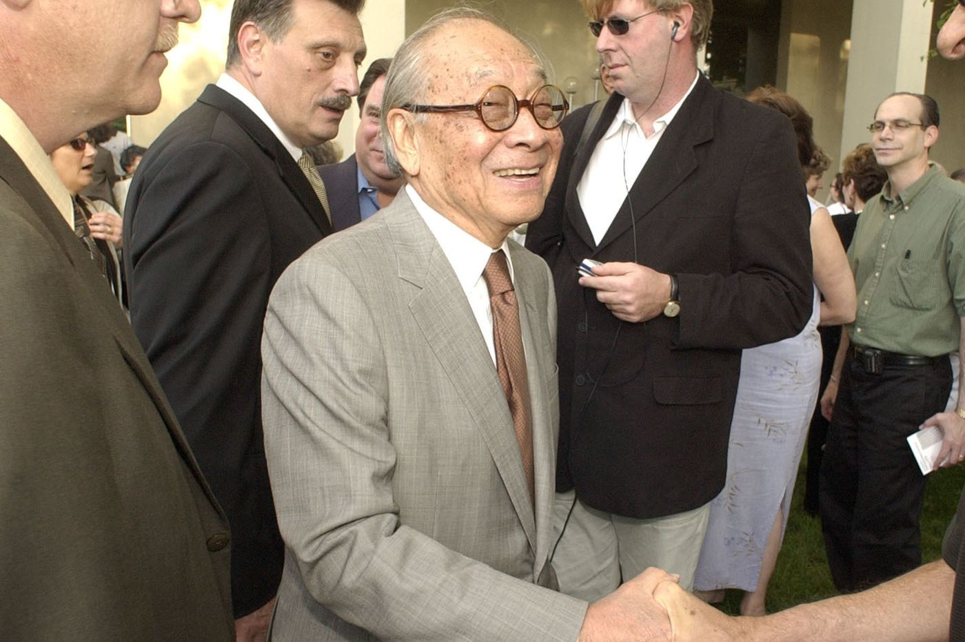 I.M. Pei, architect who designed Louvre's pyramid and Philly's Society Hill Towers, dies at 102