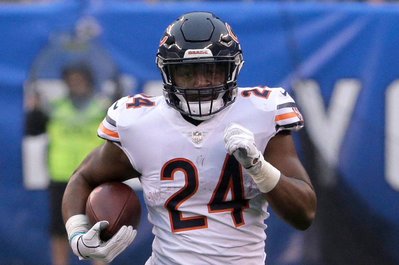 Eagles acquire RB Jordan Howard from Bears for 6th round pick