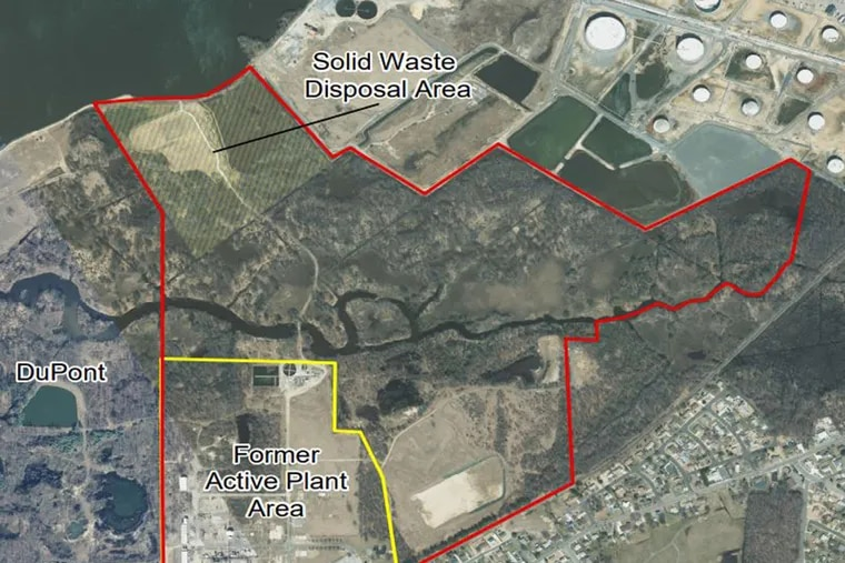 Map of Hercules plant and disposal area from EPAs final Superfund cleanup plan for the site.