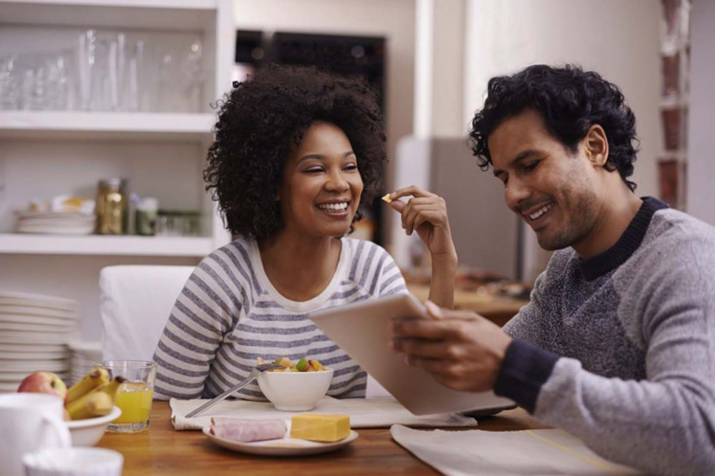 25 Tips for Saving Money With Your Spouse