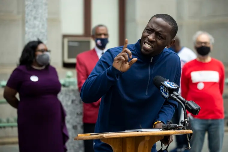 """City Councilmember Isaiah Thomas authored legislation aimed at combating the practice of police officers making traffic stops for """"driving while Black"""" offenses such as broken taillights."""