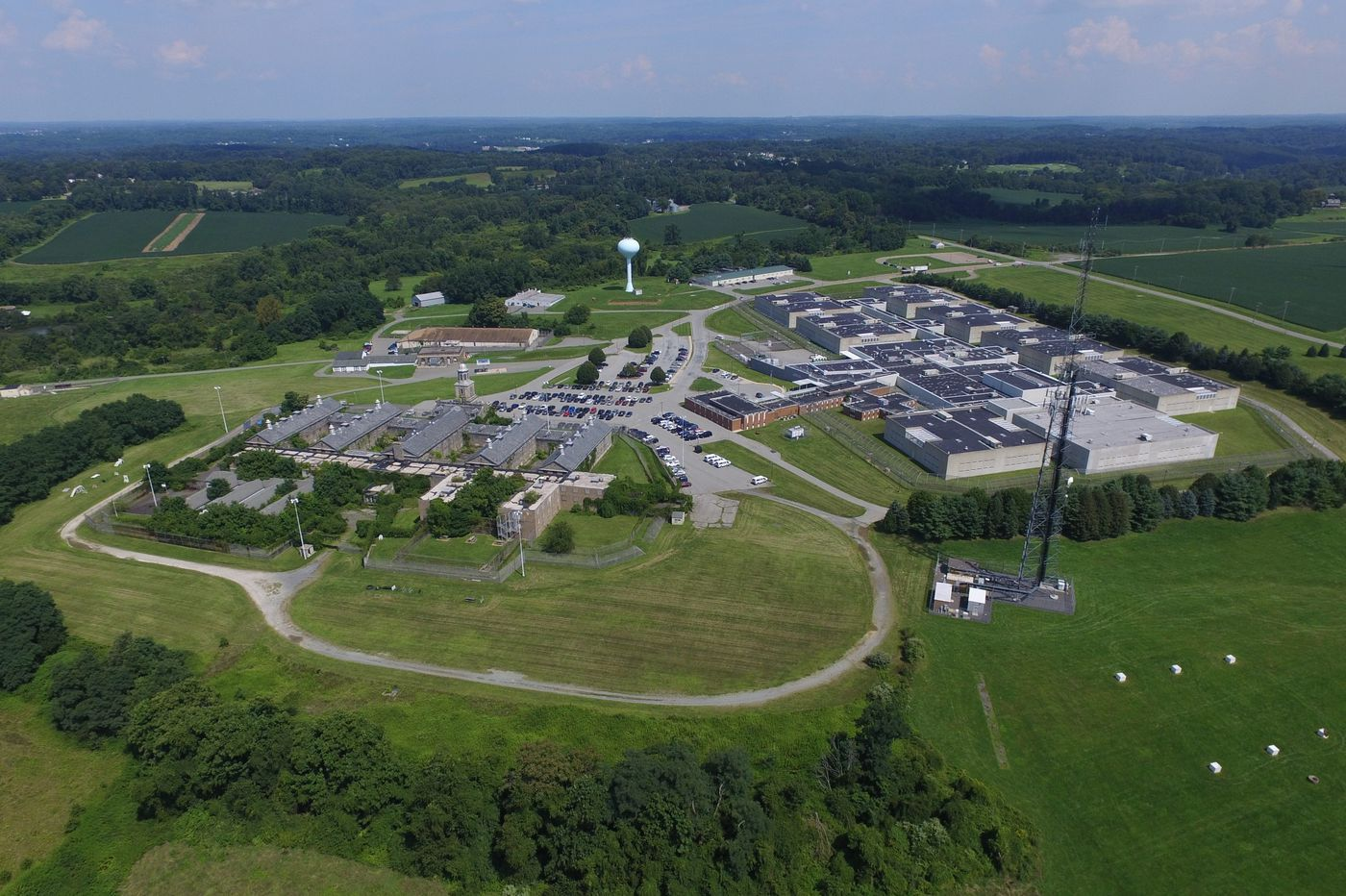 24-hour toilet outage sparks tension at Delaware County prison