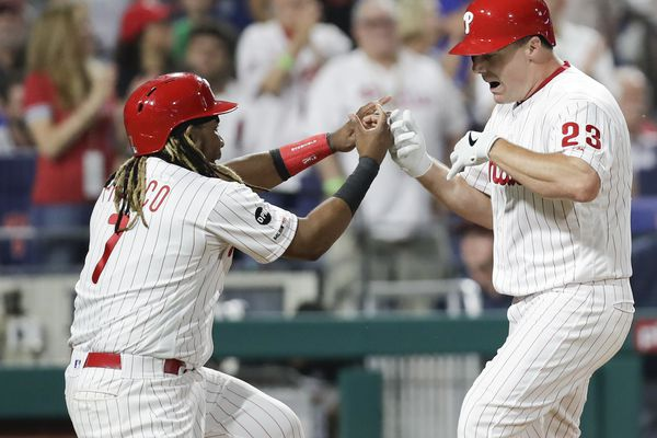 Phillies erupt for 13 runs, snap seven-game losing streak with rout of Mets