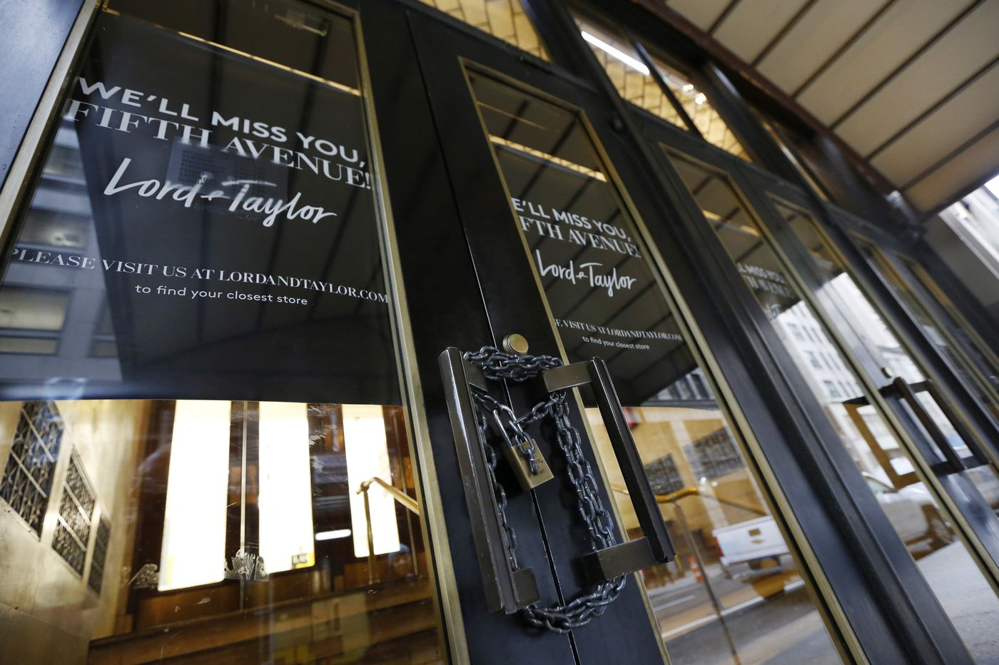 Lord & Taylor flagship store locks its doors forever