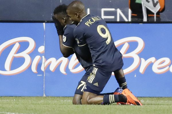 David Accam's two goals help Union to first win of season, 3-0 over Columbus Crew