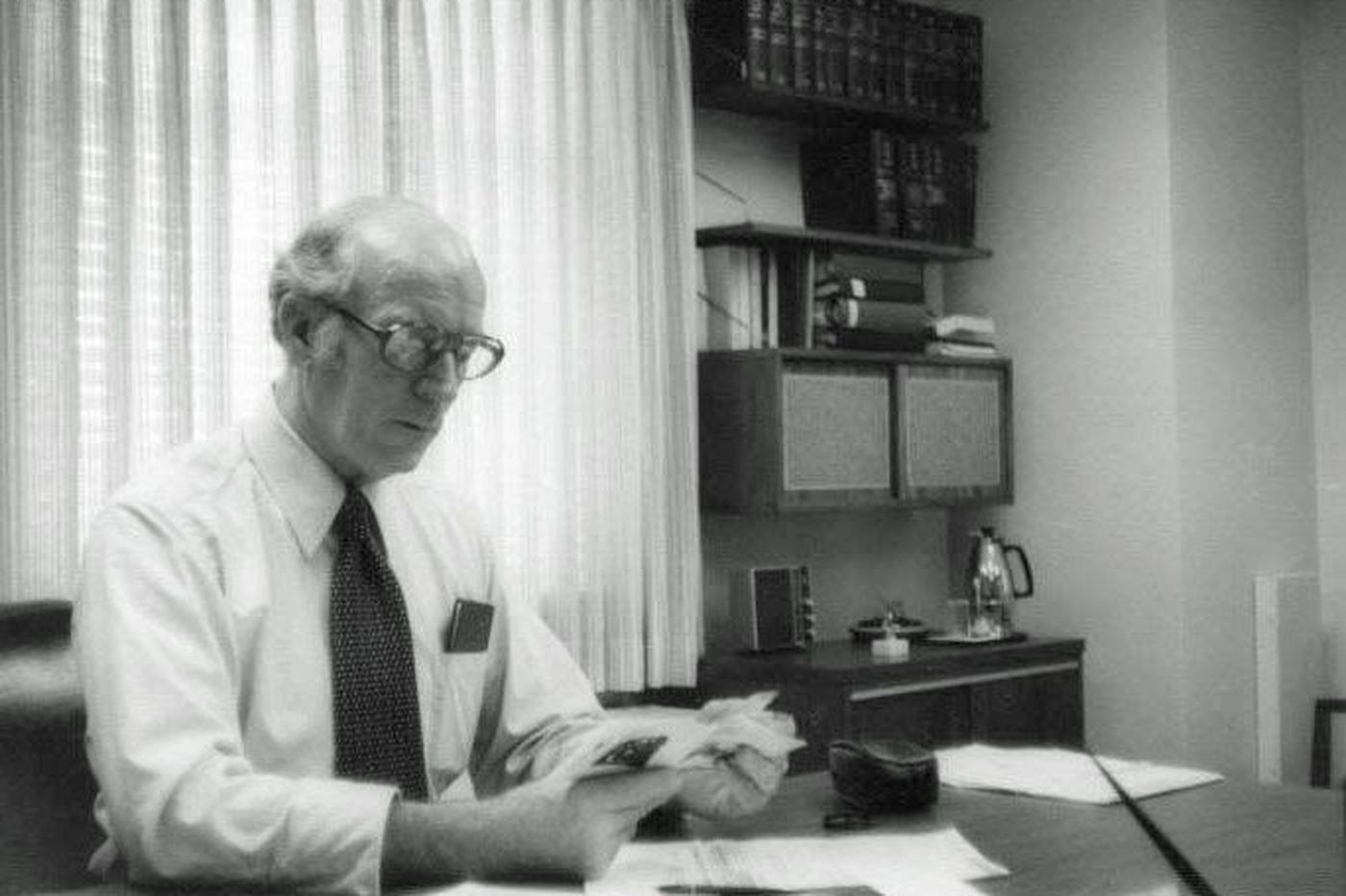 Joseph O'Dea, former Inquirer executive and family man, dies at 101