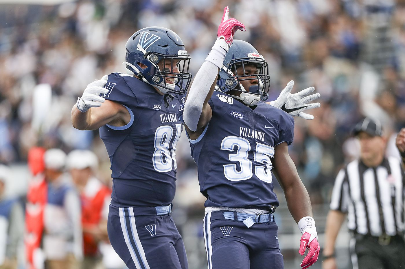 Villanova blows 13-point lead and loses to New Hampshire, 28-20