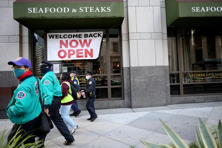 McCormick & Schmick's restaurant in Center City on Monday, when Philadelphia announced an end to indoor dining due to the coronavirus.