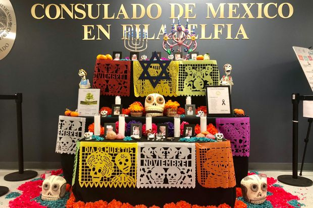 Philly Mexican Consulate dedicates altar for the victims of Pittsburgh's Tree of Life shooting