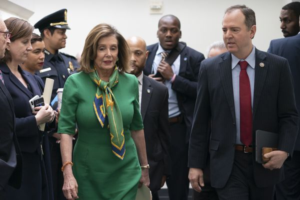 Pelosi sets Wednesday votes to send impeachment to Senate
