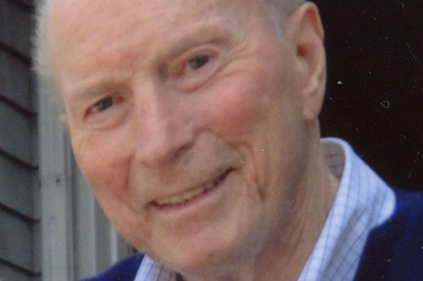 A. William Trucksess, 87, built Philadelphia Sign Co. into a national enterprise