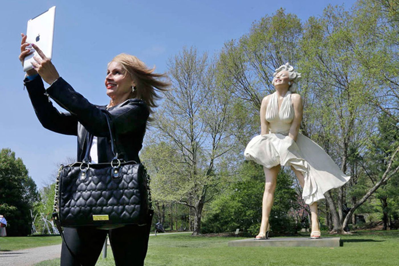 Marilyn unveiled at N.J. art garden
