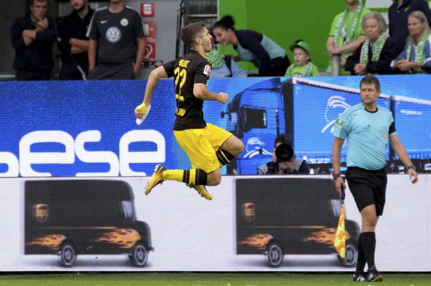 Watch: Christian Pulisic scored a great goal for Borussia Dortmund at Hamburg