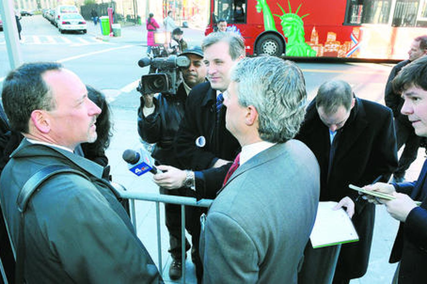 Madoff reaches a deal with feds