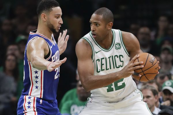 Al Horford signs four-year contract with Sixers