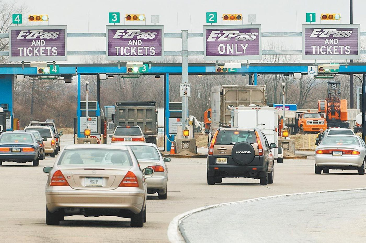 Pa. Turnpike tolls go up this weekend