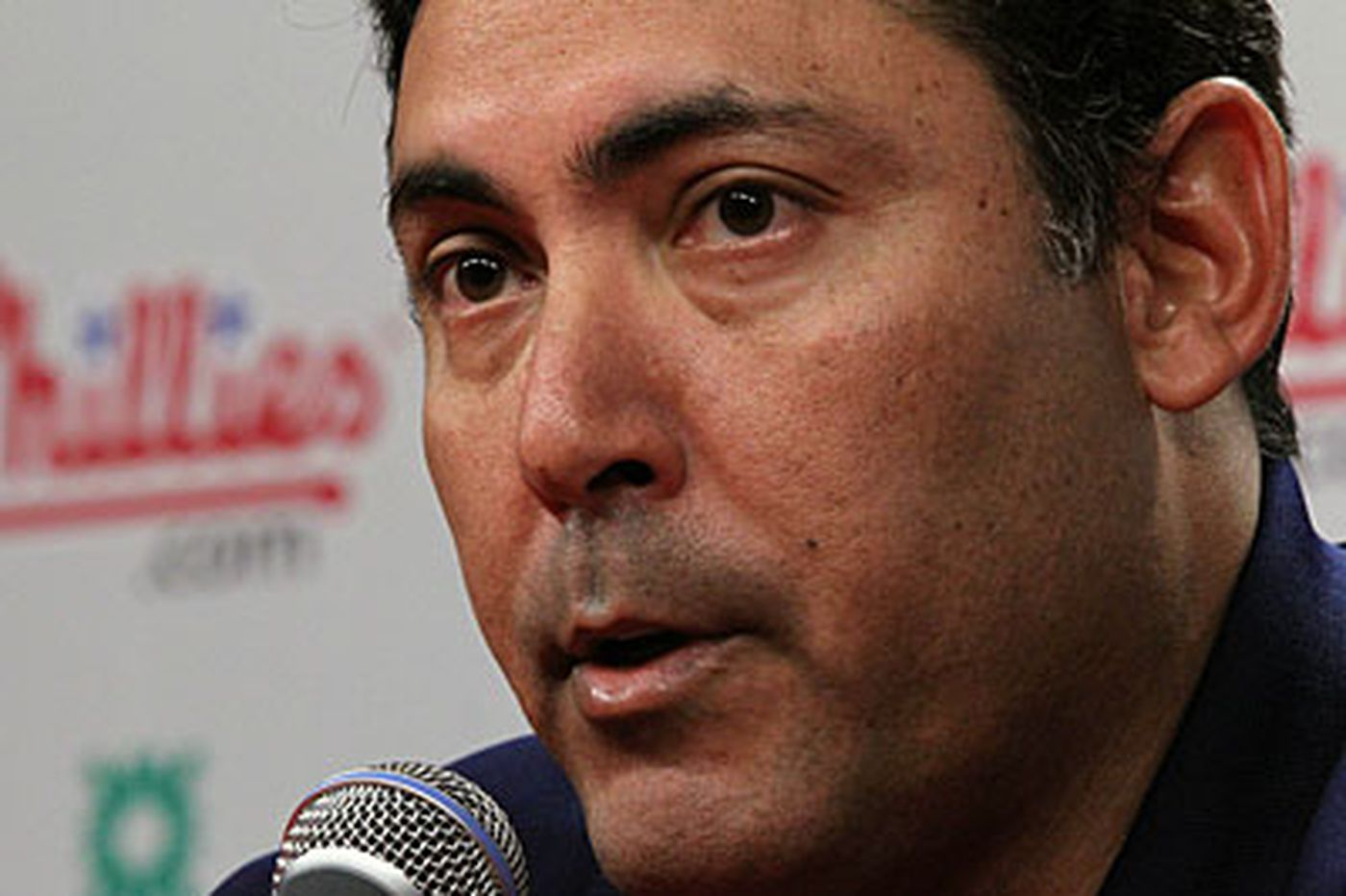 Inside the Phillies: Amaro has to fix the bullpen now