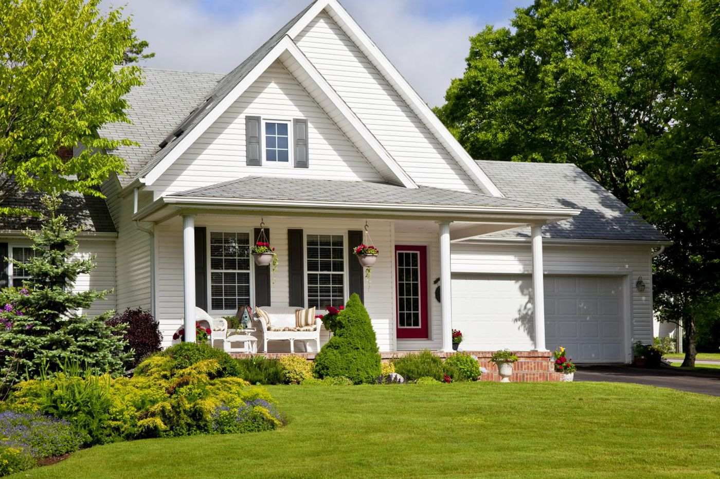 Ask Jennifer Adams: How to distinguish your front door from your back (when it's not obvious)