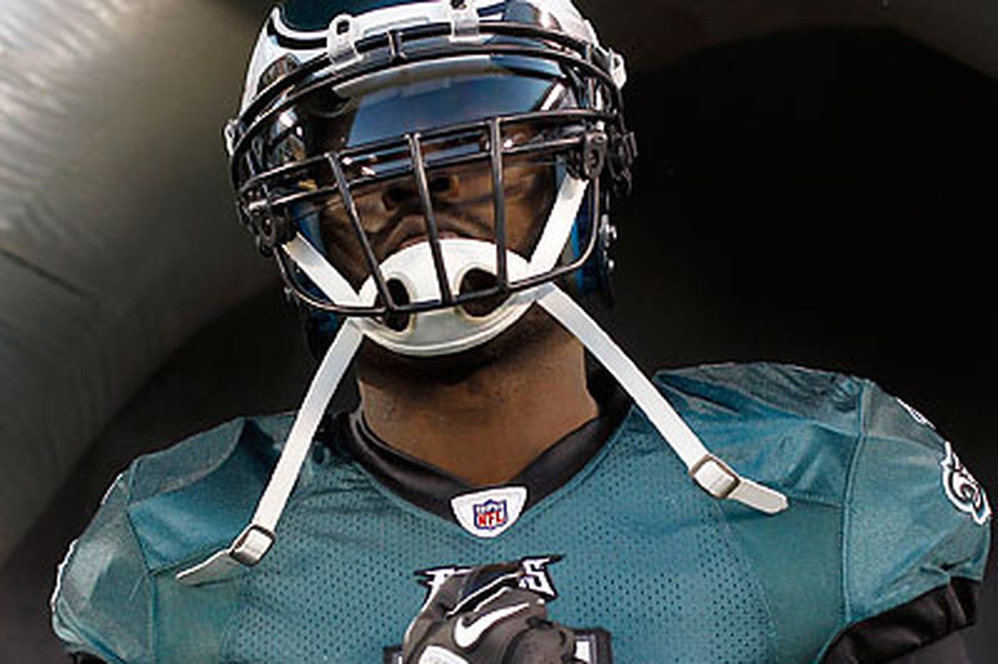 Improved play from Vick is a positive for Eagles