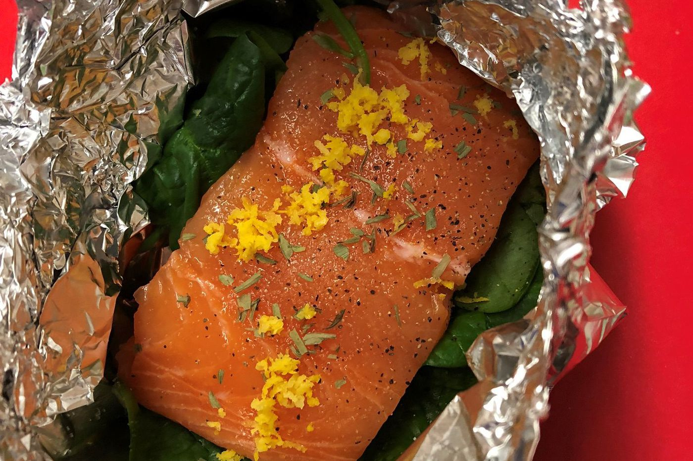 Kitchen Notebook: Salmon in Foil with Spinach and Cream