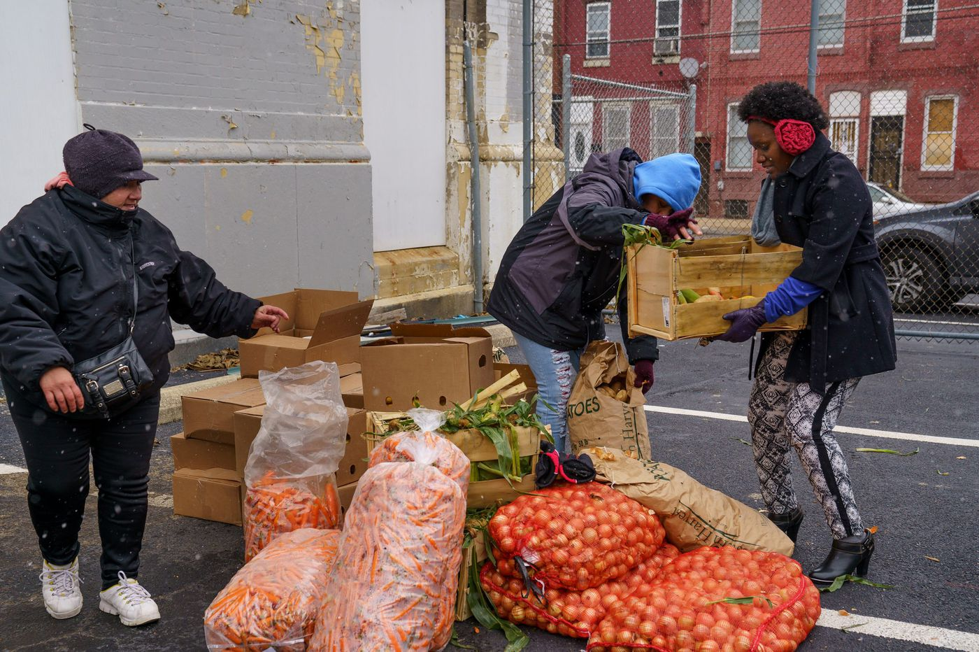 New Census figures on Philly neighborhoods show inequality, high numbers of whites living in poverty
