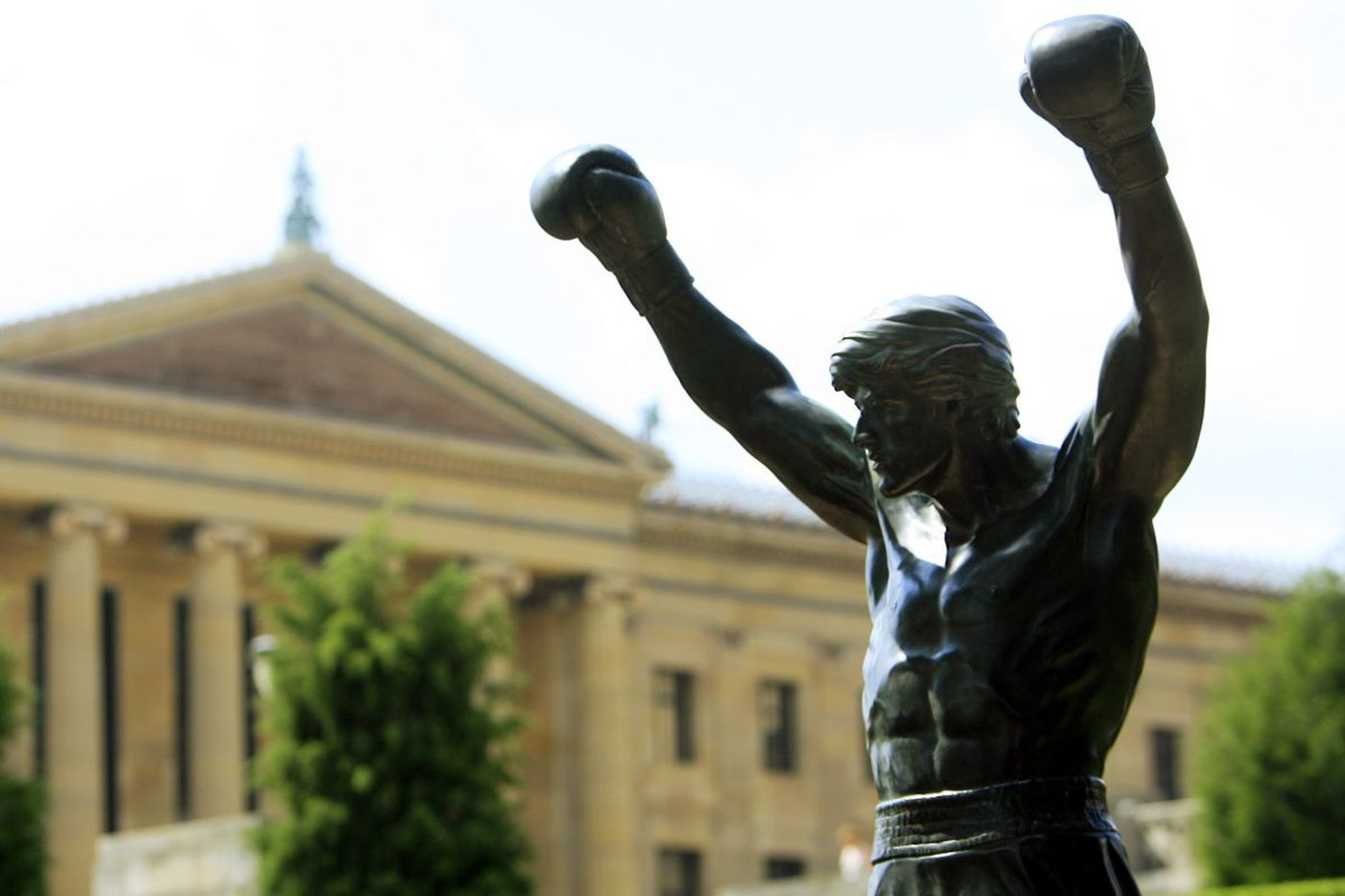 Billionaire Branson pulls a Rocky in Philly while on 'Finding My Virginity' tour