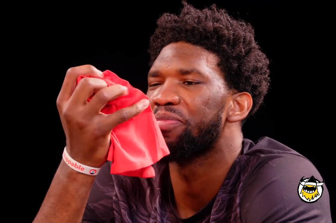 Watch Joel Embiid take down the 'Wings of Death' on 'Hot Ones'