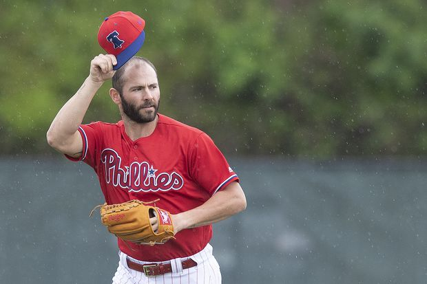 Phillies right-hander Jake Arrieta pitched last season with torn meniscus