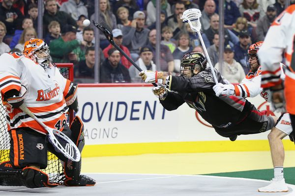 Wings drop their first game to Buffalo Bandits
