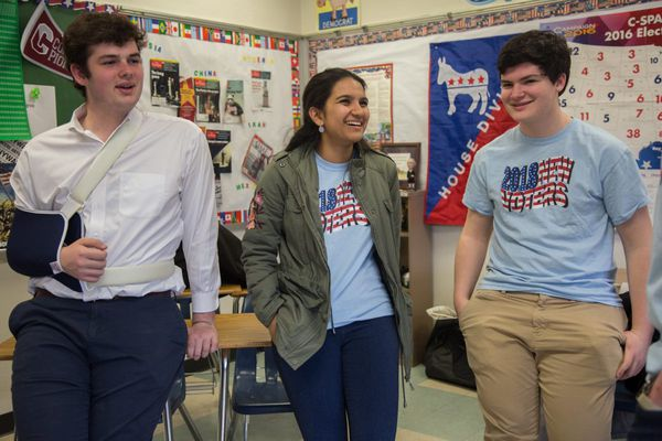 These Philly-area teens got 100 classmates to register to vote. Now, they're taking the next step