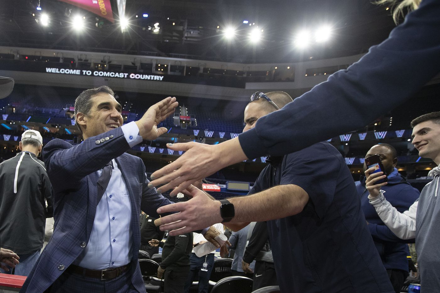 Villanova's Jay Wright measures the lure of the NBA, and the lesson of John Beilein | Bob Ford